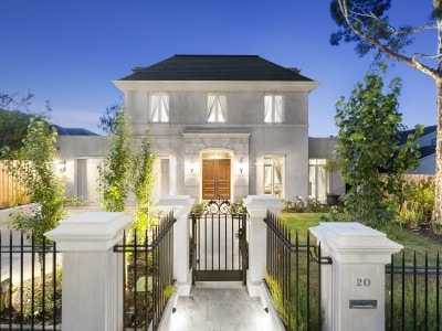le chateau luxury custom home